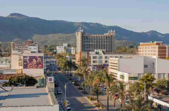 A view of the city of Mutare, Zimbabwe with the mountains behind