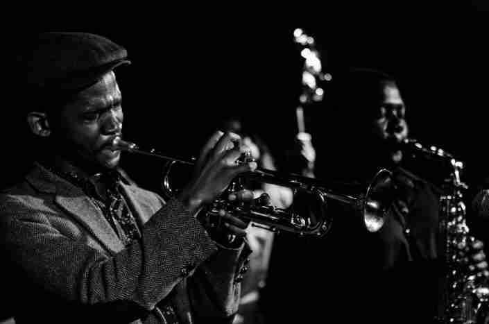 Harare musicians play jazz